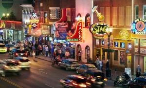 Downtown Nashville touristy bar scene.