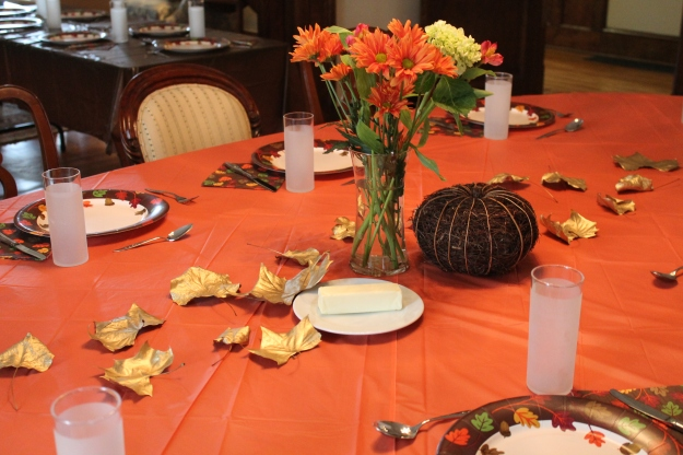 Thanksgiving Table decor | www.flonmymind.com