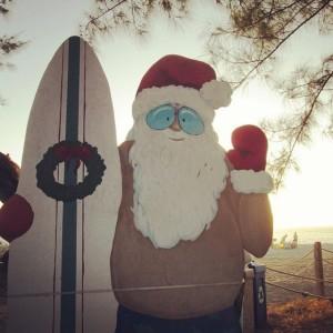 Surfing Santa | www.flonmymind.com